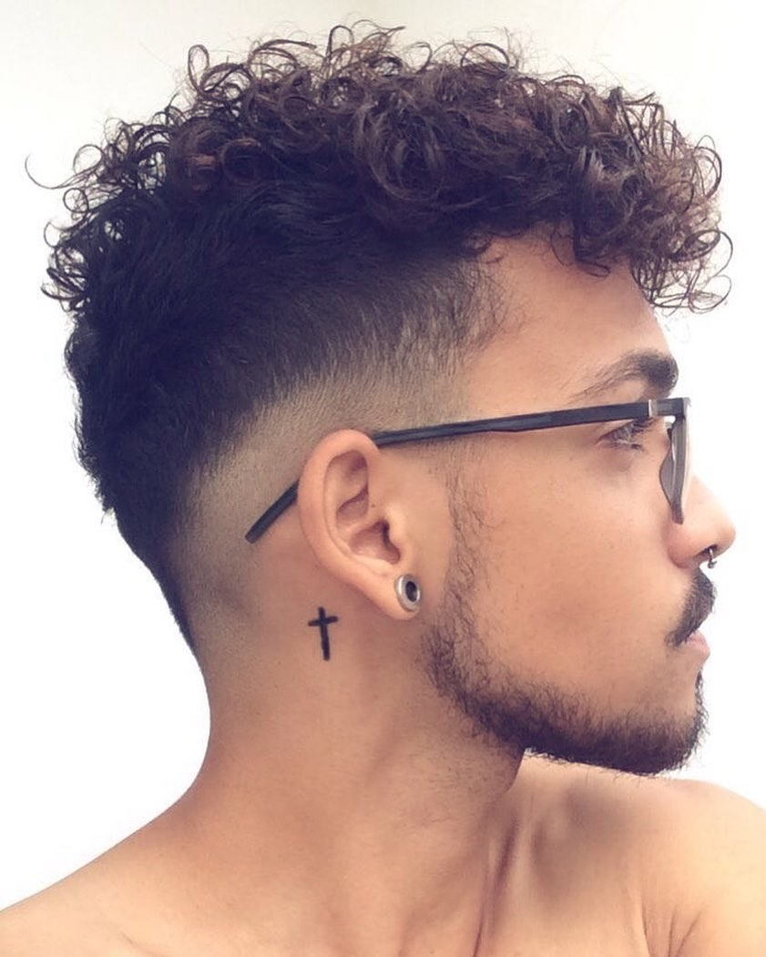 Cortes de cabelo cacheado masculino 2020
