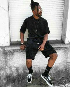 look todo preto masculino
